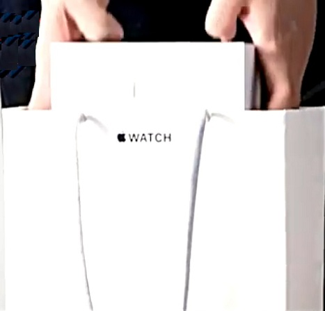 15 Leaked Apple Watch Unboxing Photos!