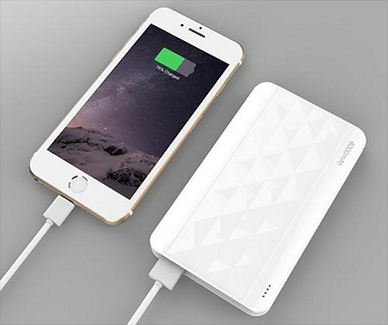 how to charge iphone 4 without charger 4 ways to charge an iphone which is the fastest 2100